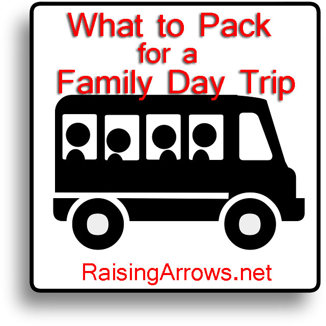 What To Pack for a Family Day Trip | RaisingArrows.net