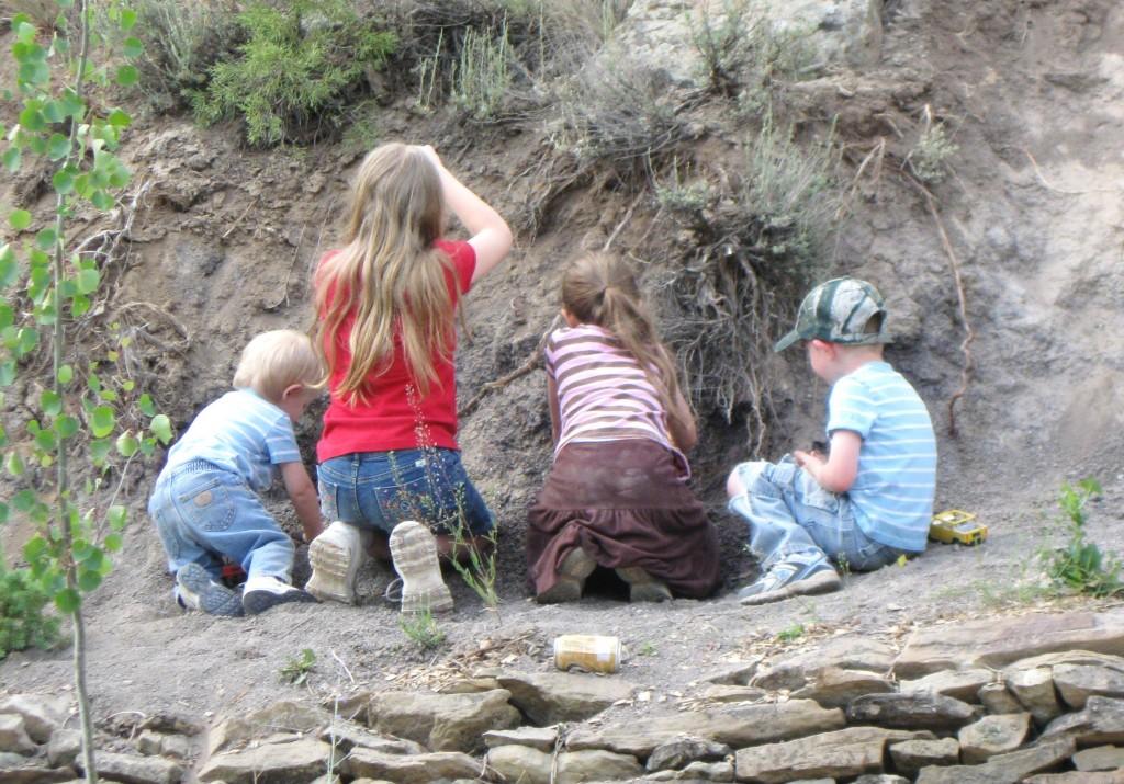 Is it OK to put 2 children in the same grade level? | RaisingArrows.net