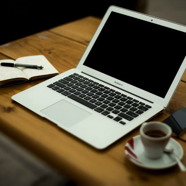 A Christian Mom's Guide to Blogging Series - Giving God Your Blog