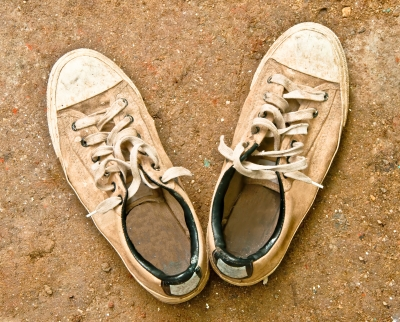 Discarded Shoes | RaisingArrows.net