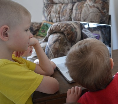 Scripture Memory Through Stories +Giveaway! | RaisingArrows.net