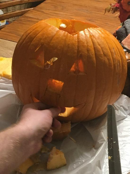Pumpkin carving - Large Family Homeschooling week in review 11/3/17