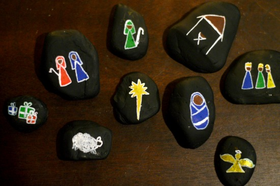 A simple tactile project for the holiday season! Let your children play their way through the Christmas story with their very own Story Stones!
