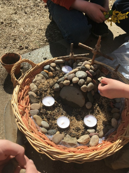 Resurrection Garden project from this week's Large Family Homeschooling Review!
